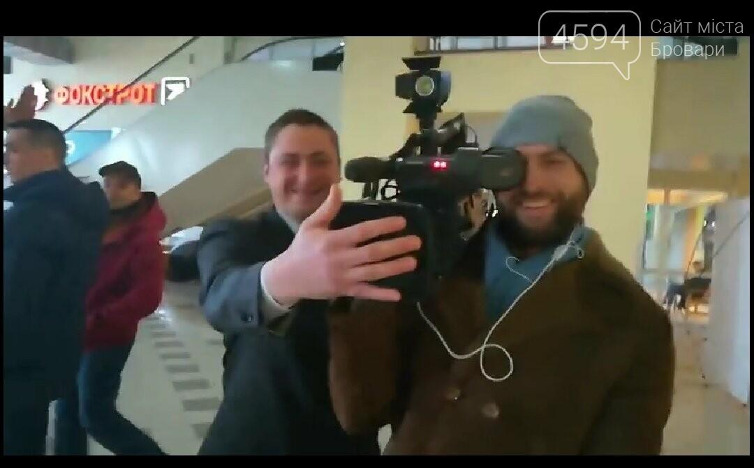 В. о. директора Союзу споживачів України силою виштовхали з «Мегамаркету», що в Броварах, фото-1