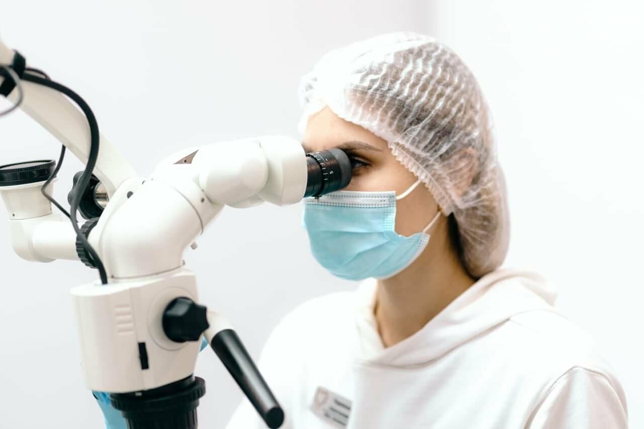 Чому краще лікувати зуби під мікроскопом?, фото-1