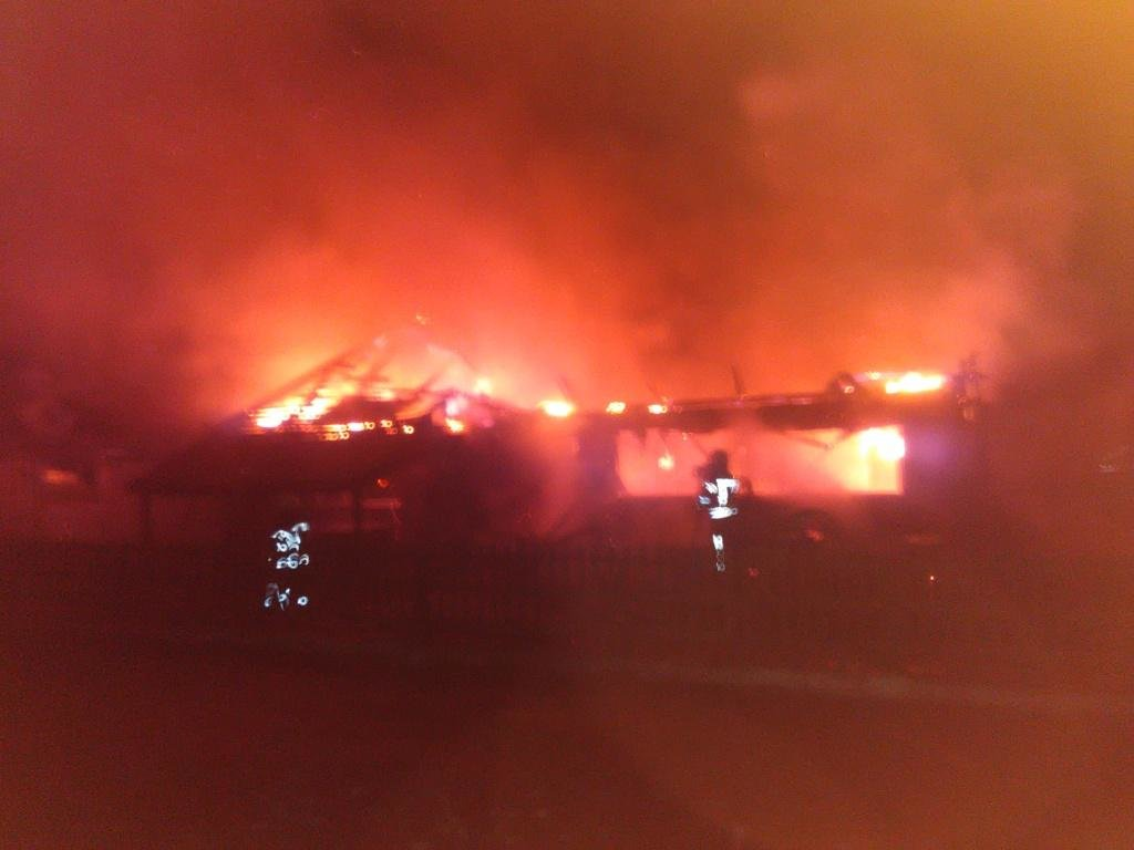 В Броварському районі згоріло кафе, фото-1