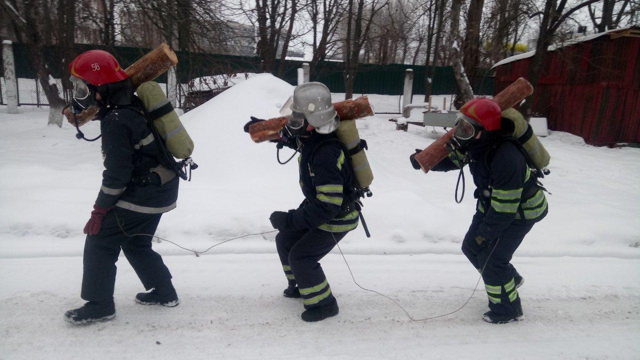 Броварські пожежники провели тренування та перевірили свої знання, фото-2