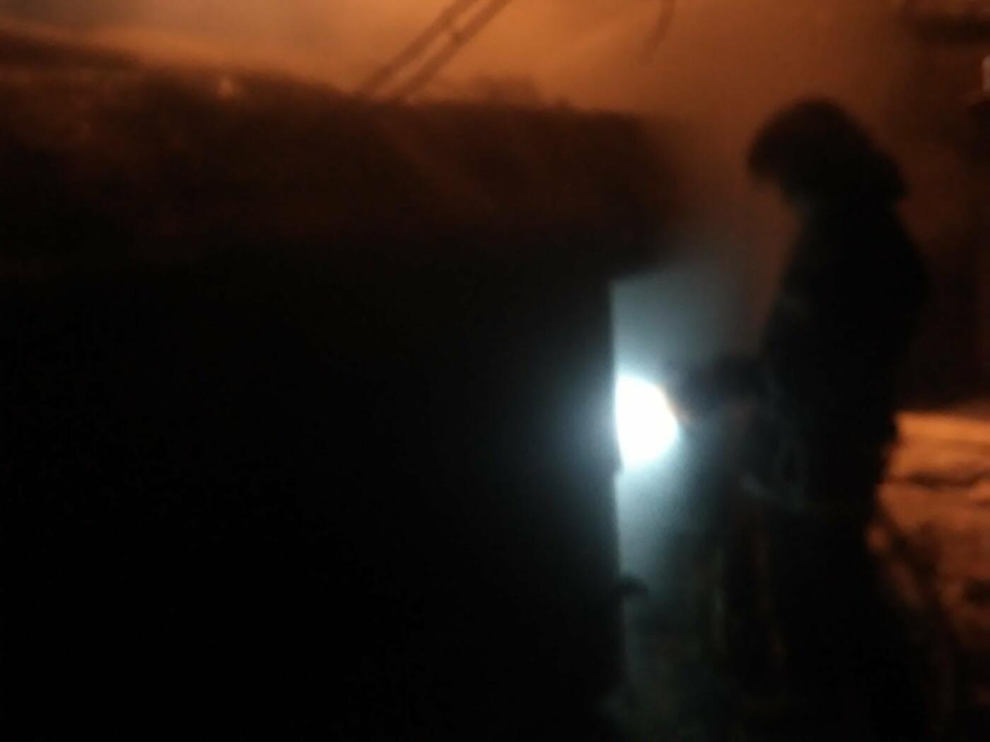 У місті Бровари загорівся приватний гараж, фото-2