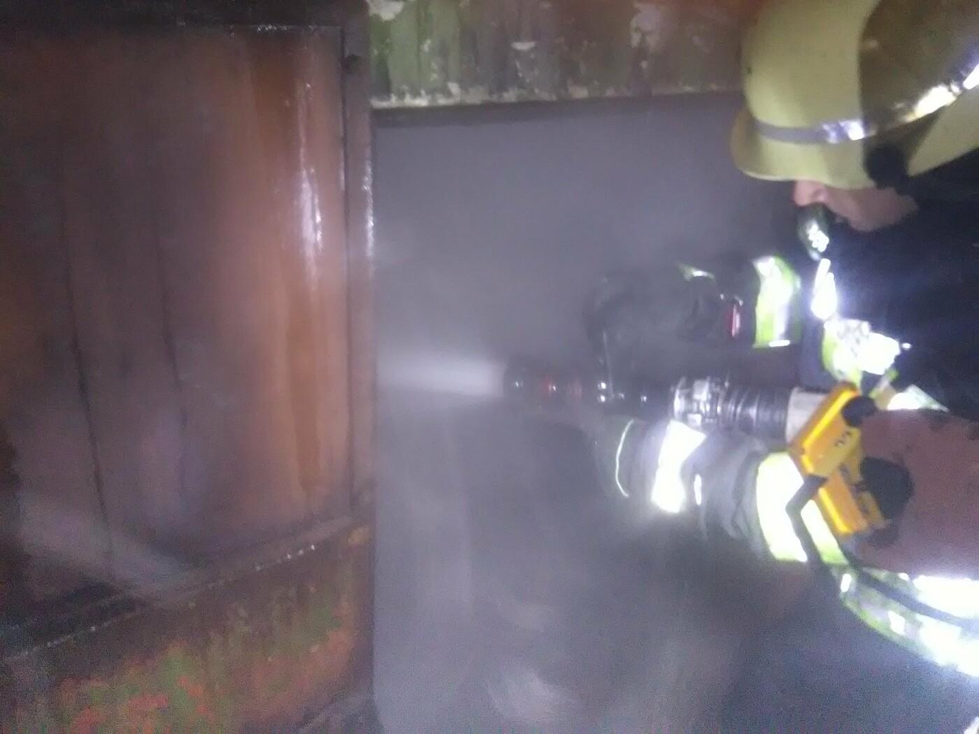 У місті Бровари загорівся приватний гараж, фото-1