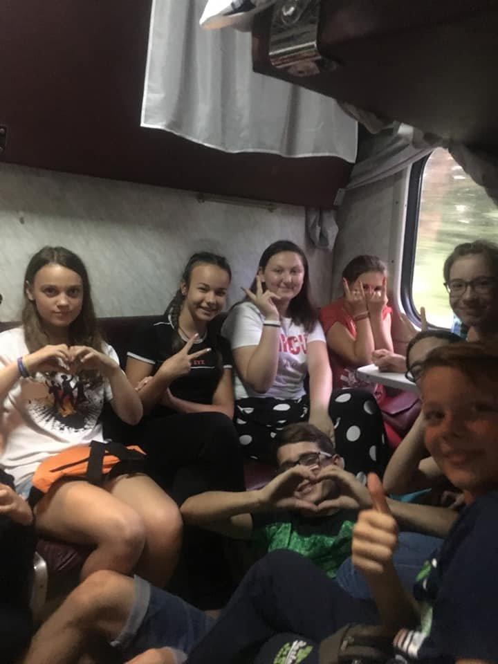 Карпатські гори та пляжі Одеси: 190 дітей з Броварів отримали безкоштовні путівки на відпочинок, фото-2