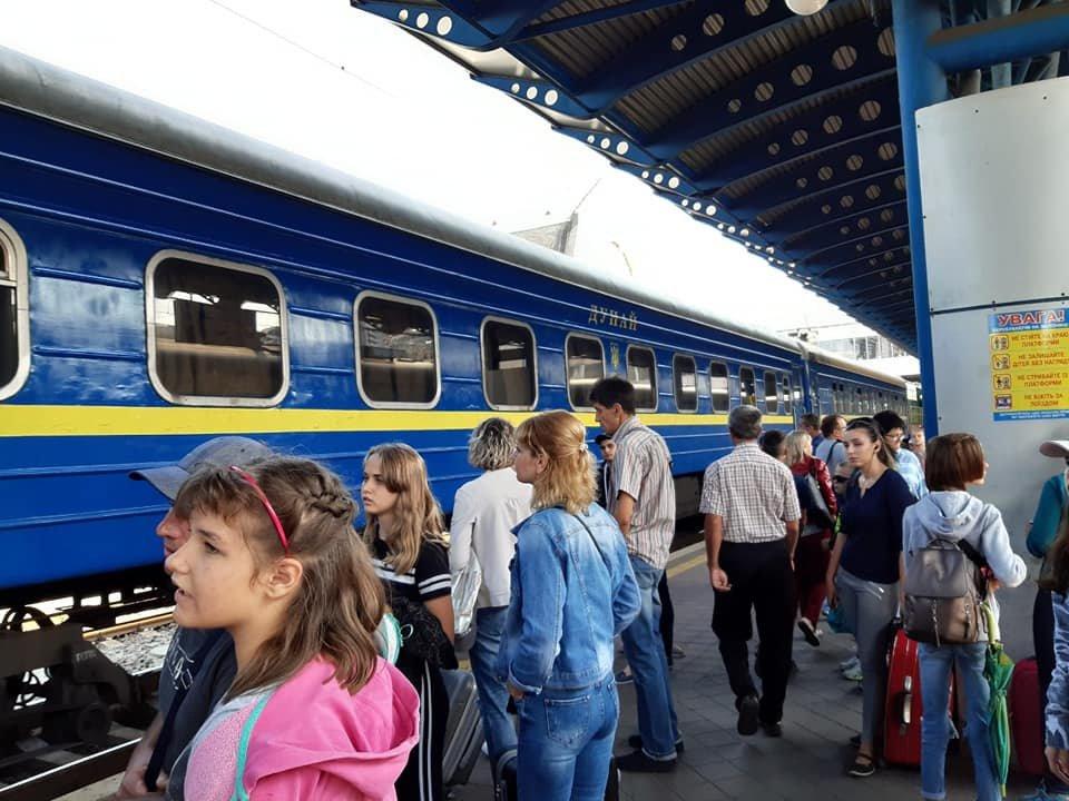 Карпатські гори та пляжі Одеси: 190 дітей з Броварів отримали безкоштовні путівки на відпочинок, фото-1
