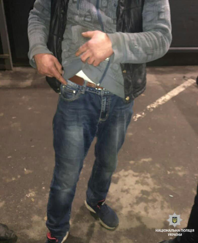 На Броварщині зупинили двох молодиків з наркотиками у кишені, фото-2