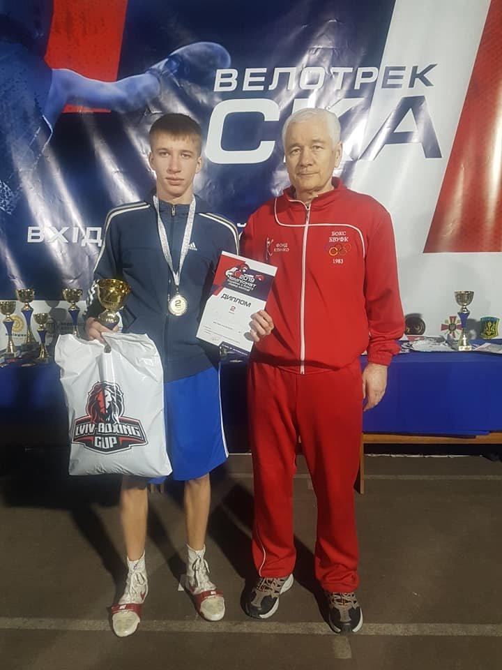 Броварський спортсмен – срібний призер чемпіонату України з боксу, фото-1