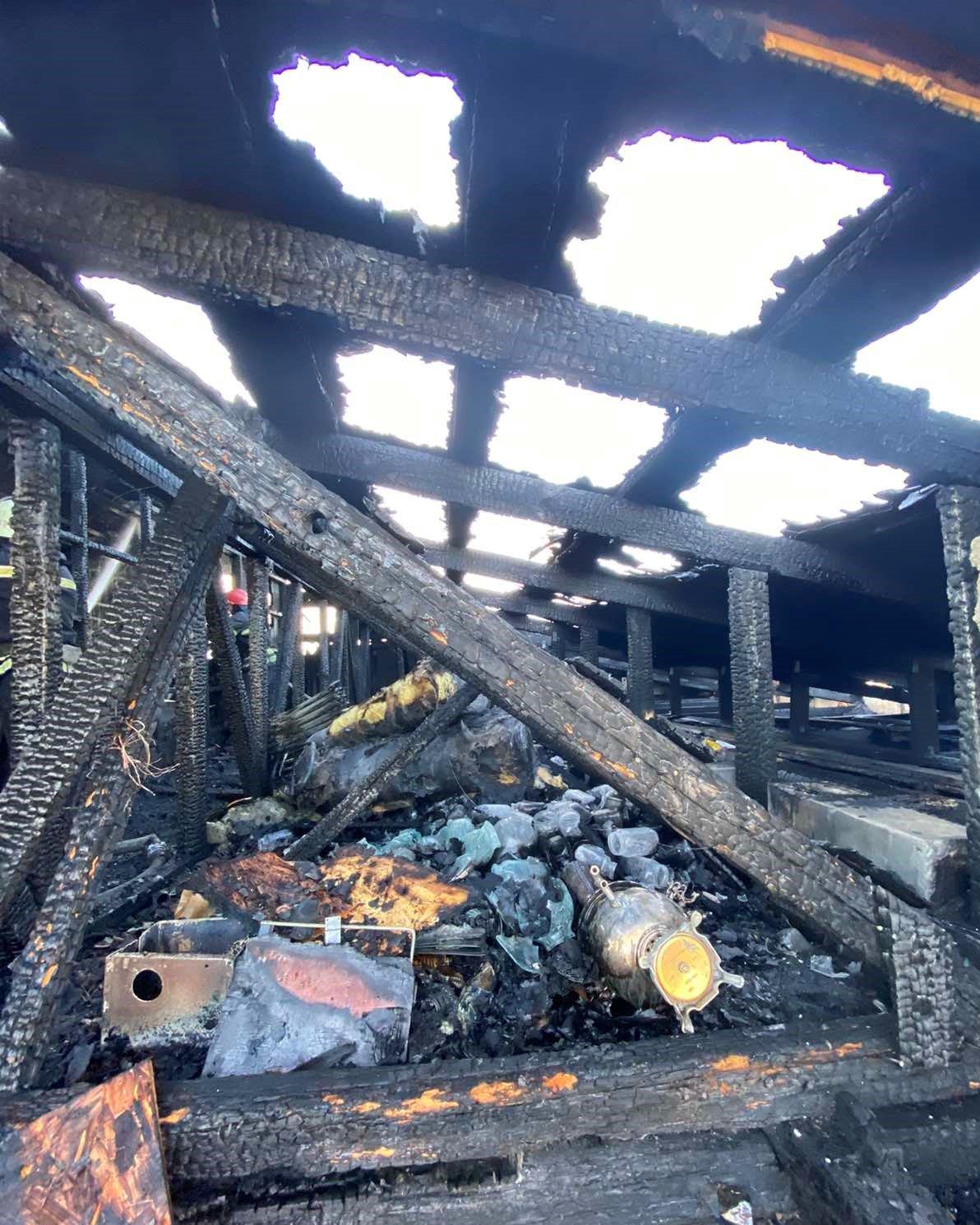 Протягом дня на Броварщині спалахнули дві будівлі, фото-2