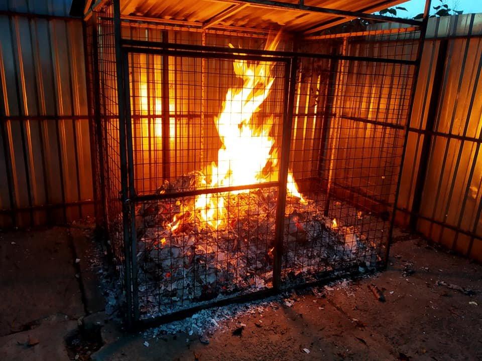 В Броварах протягом години сталися дві пожежі, фото-1
