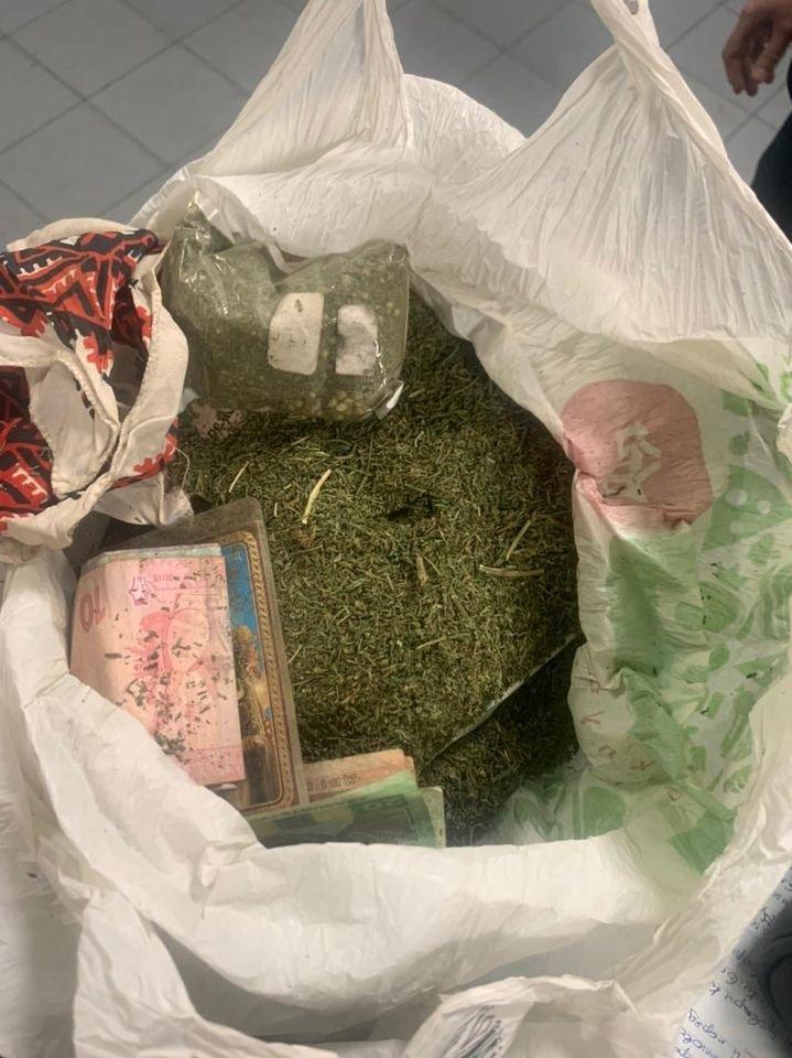 В Броварах протягом доби патрульні зупинили двох чоловіків із наркотиками, фото-1