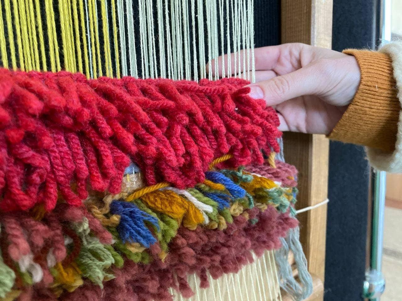 Міський культурний центр: в Броварах відкрито виставку ворсових килимів, фото-1